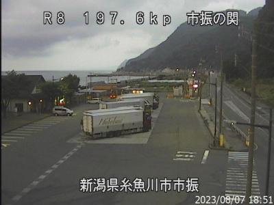 国道8号[新潟県糸魚川市市振]ライブカメラ