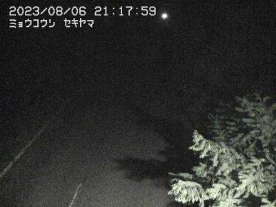 関温泉スキー場下部ライブカメラ